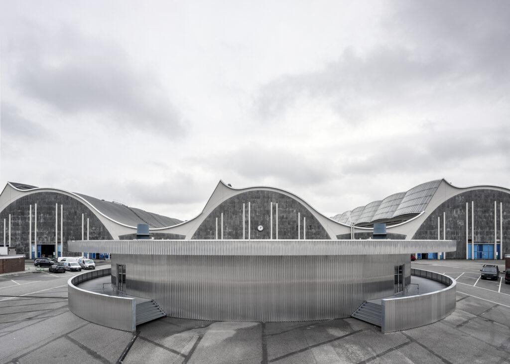 طراحی نمای مرکز نمایشگاهی